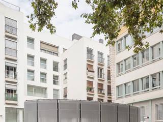 Espaces de bureaux modernes par Jordi Farrando arquitecte Moderne