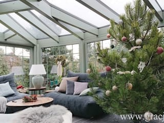 GRACJA SP. Z O.O. Jardines de invierno de estilo clásico Madera