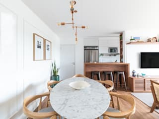 Modern dining room by Débora Vassão Arquitetura e Interiores Modern