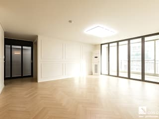 Salas de estar clássicas por 곤디자인 (GON Design) Clássico