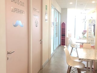 DE LEON PRO Offices & stores Pink