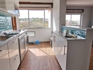 Remodelação de apartamento cozinha e sala por IIP - Reabilitação e Construção