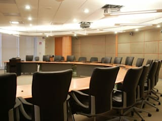 Oficinas Corporativas Estudios y despachos modernos de DIMARQ® espacios arquitectónicos Moderno