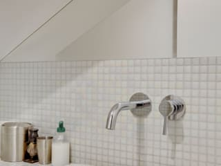 Agence KP Modern bathroom Ceramic White