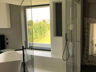 Salle de bain moderne par Vivere il Vetro Moderne