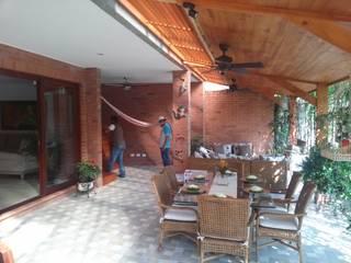 ESTADERO. Balcones y terrazas de estilo clásico de VILLEGAS ARQUITECTOS SAS Clásico