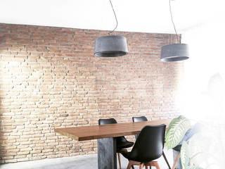 Lebe mit Betonung fattoAmano Moderne Esszimmer Beton