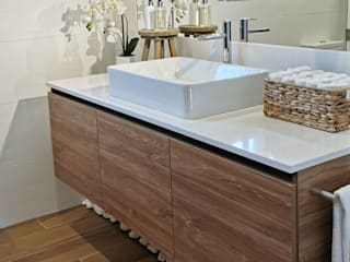 Decor-in, Lda Modern bathroom Wood
