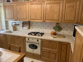 cucina in arte povera Cucina in stile rustico di il falegname di Diego Storani Rustico