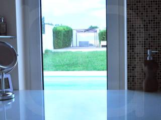 Banhos Casas de banho modernas por Intempornânea Moderno