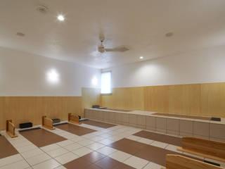 レンドルフ千葉本店 カントリーな商業空間 の 西原有希子建築設計事務所 カントリー