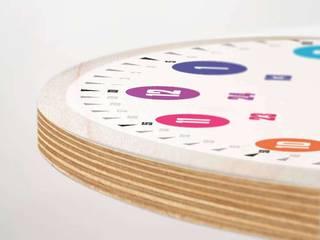 Echte Lernuhren mit System hatgirlDESIGN KinderzimmerAccessoires und Dekoration Holzspanplatte Weiß
