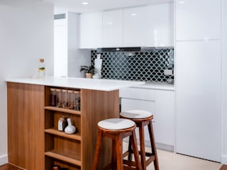 The Vongue's Modern kitchen by HOUSE OF BUTLER Modern