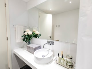 TRAÇO 8 INTERIORES BathroomMirrors Granite White