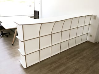 form.bar Office spaces & stores Engineered Wood White