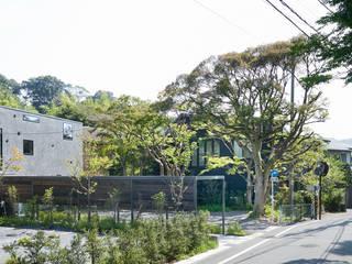 NK アプローチから続く広い階段室のある家 モダンな 家 の 山縣洋建築設計事務所 モダン