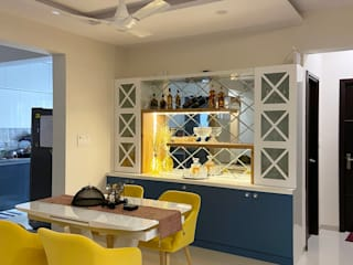 Crockery cum Bar Unit Eclectic style dining room by U and I Designs Eclectic