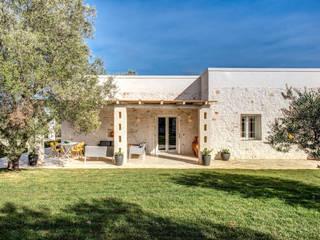 Mediterranean style house by Studio Guerra Sas Mediterranean