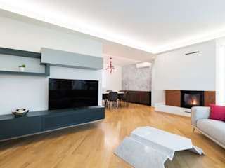 Modern living room by B+P architetti Modern
