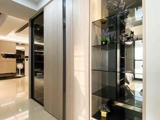 天森-陳公館 現代風玄關、走廊與階梯 根據 澄太空間設計 現代風