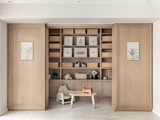 colonial  by LIQUID INTERIORS, Colonial