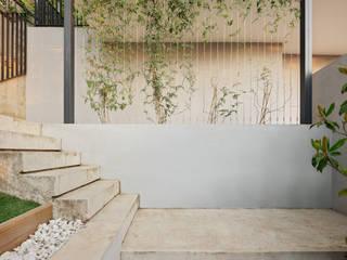 Ampliación vivienda en Collserola ESTUDI NAO arquitectura Jardines de estilo minimalista Hormigón