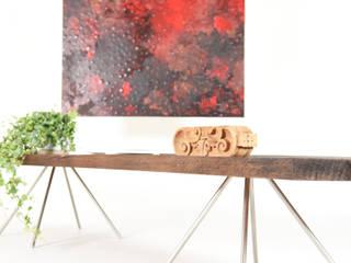 Console midcentury in legno di rovere vecchio / supporto per TV di Ebanisteria Cavallaro Moderno