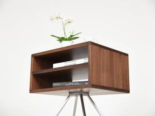 minimalist  by Ebanisteria Cavallaro, Minimalist