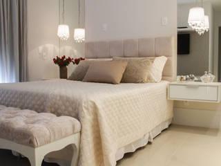 Klasik Yatak Odası AJP ARQUITETOS ASSOCIADOS Klasik Cam