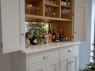 Hertfordshire House Willow Tree Interiors KitchenCabinets & shelves