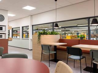 Kantine Machinefabriek Moderne eetkamers van Martijne Interieur Modern