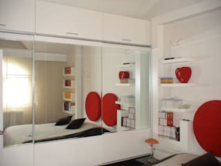 SERPİCİ's Mimarlık ve İç Mimarlık Architecture and INTERIOR DESIGN BedroomWardrobes & closets Wood White