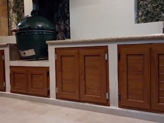 Konfortec. Innovación puertas y ventanas Windows & doors Doors Synthetic Wood effect