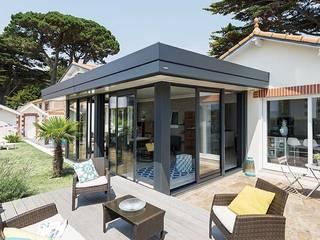 Véranda Gustave Rideau Sala da pranzo in stile scandinavo Alluminio / Zinco Grigio