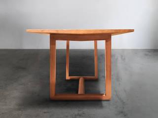 木耳生活藝術-實木桌設計/家餐桌: 現代  by 木耳生活藝術, 現代風