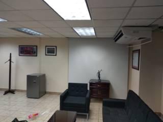 Remodelación de oficinas y cambio de luminarias. de Grecia Instalaciones y Servicios