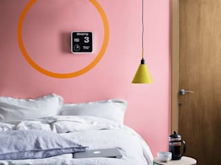 Dulux Colour of the Year 2019 - Spiced Honey Dulux UK Moderne Schlafzimmer Pink