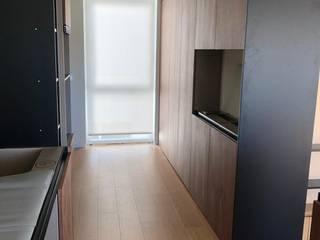 モダンな キッチン の VIA STUDIO モダン