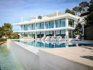 Casas modernas: Ideas, imágenes y decoración de raum in form - Innenarchitektur & Architektur Moderno