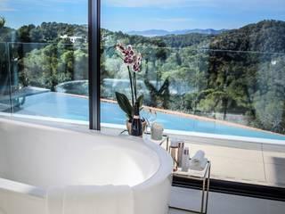 ミニマルスタイルの お風呂・バスルーム の raum in form - Innenarchitektur & Architektur ミニマル