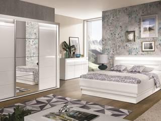 Schlafzimmer komplett weiß hochglanz IRIS Set C mit LED: modern  von QMM TraumMoebel,Modern