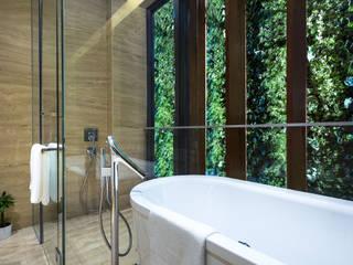 ADX Architects Pte Ltd Kamar Mandi Tropis Marmer Green