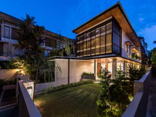 ADX Architects Pte Ltd Rumah Modern Beton Wood effect