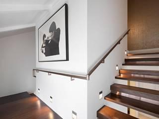 ADX Architects Pte Ltd Koridor & Tangga Minimalis Kayu Buatan Wood effect
