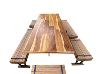 Saavedra Arquitectos Dining roomTables Kayu Wood effect