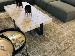 Modern Living Room by Blackearth Interiors cc Modern