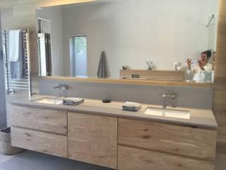Classic style bathroom by Blackearth Interiors cc Classic