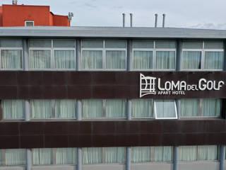 Aberturas Aluminio Hoteles de estilo moderno de Rebatec Moderno