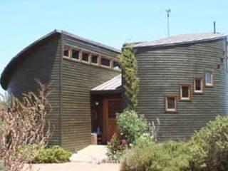 Casa Chauriye, Yunquen, Chile de MONAGHAN DESIGN SAS Moderno