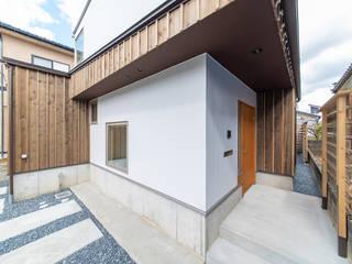 ダウンフロアリビングの住まい モダンな 家 の 加藤淳一級建築士事務所 モダン